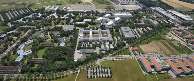 Luftbild_der_Universitaet_02.jpg